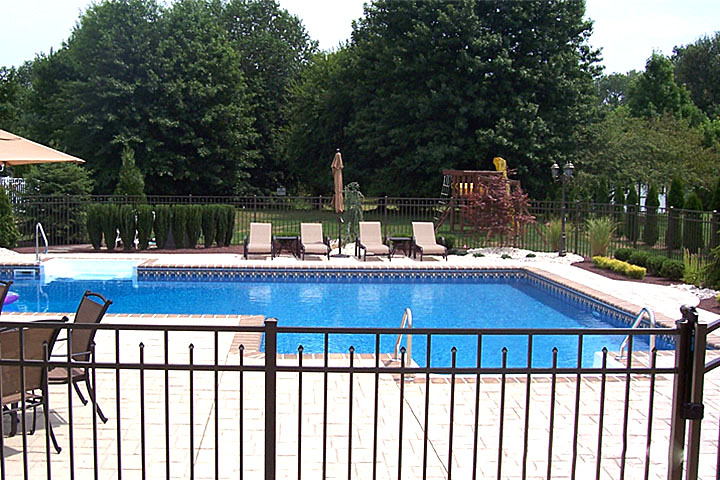 Holiday pools new jersey inground pools sales service for Pool show new jersey